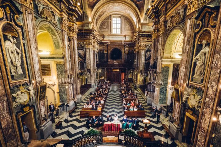foto dall'alto chiesa asta