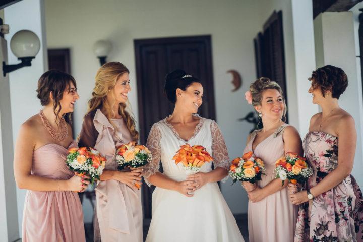 matrimonio arancio damigelle bouquet