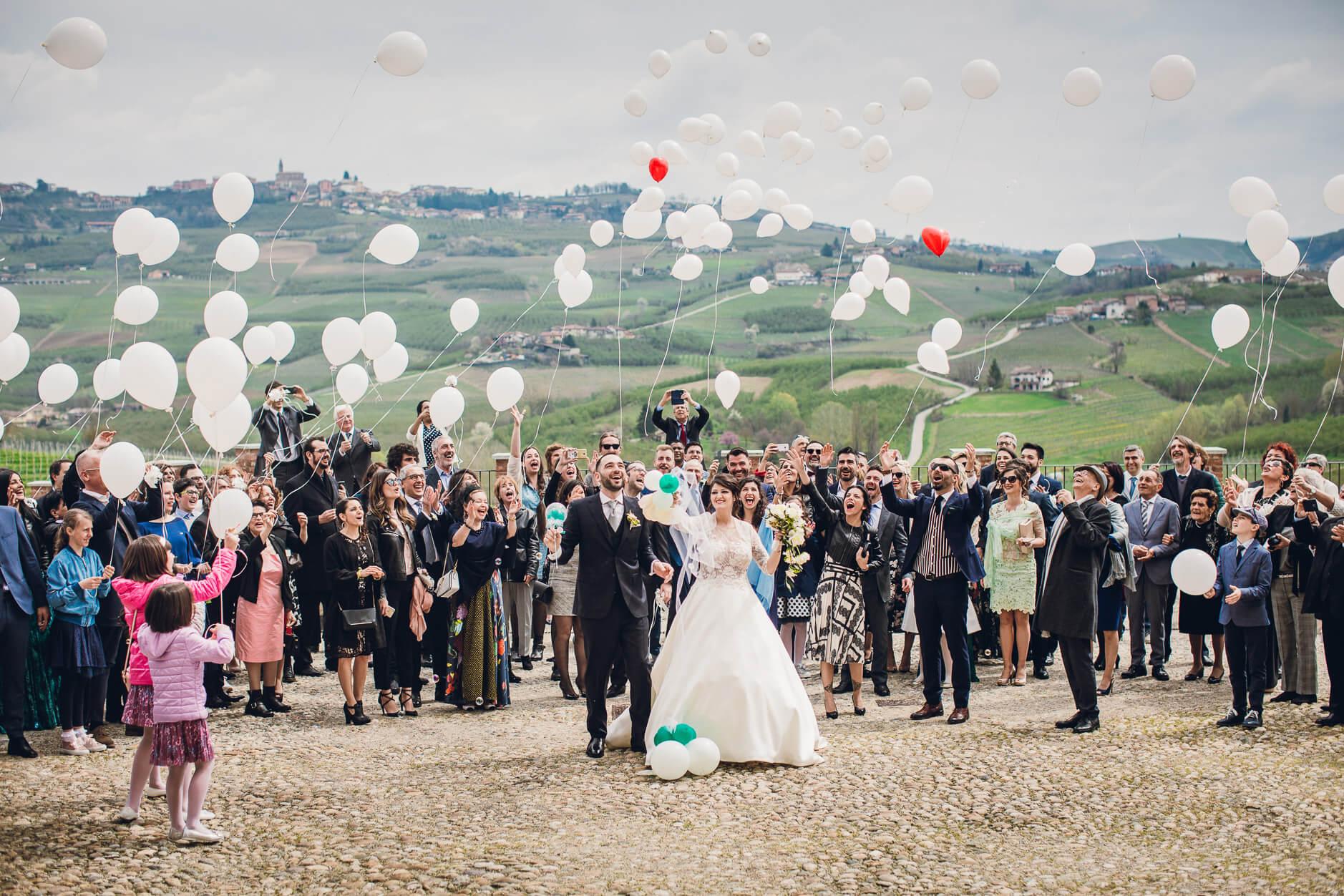 palloncini matrimonio fuori chiesa