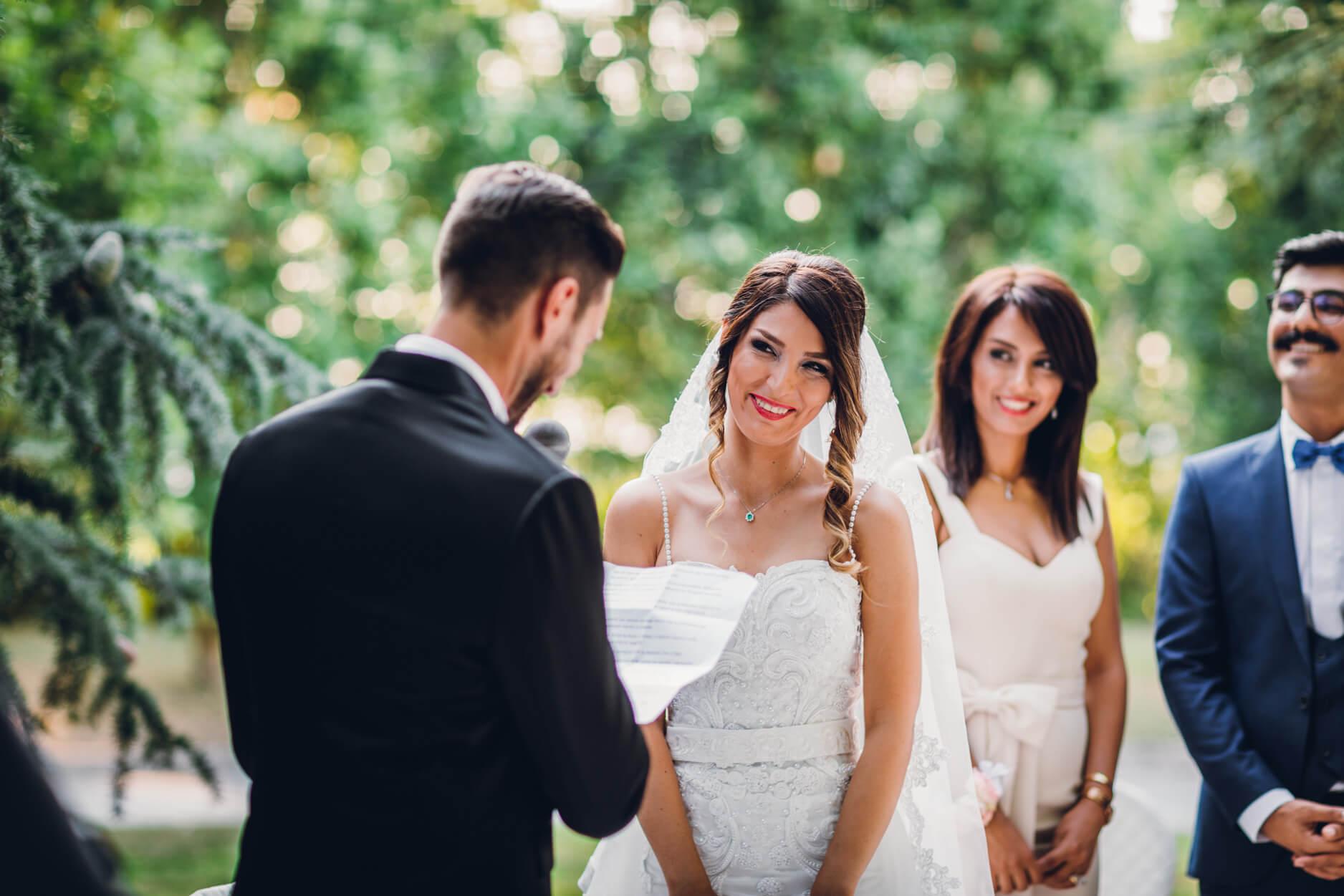 Promessa Di Matrimonio Frasi Sposi.Frasi Per Le Promesse Di Matrimonio Ecco 16 Idee