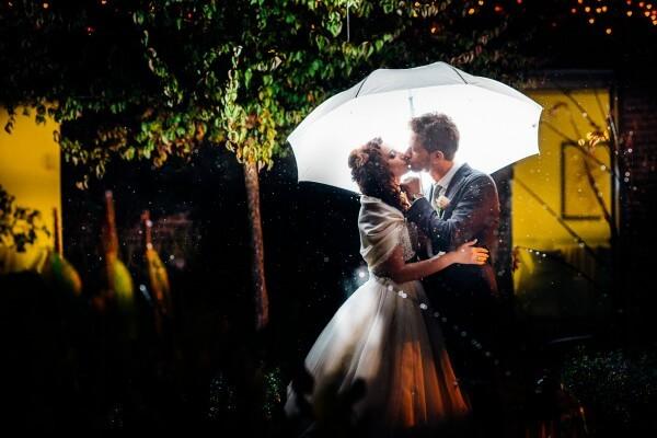 ritratti sotto l'ombrello
