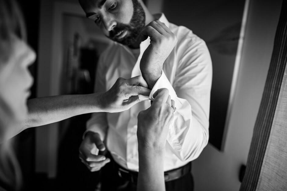Fotografia matrimonio preparazioni sposo