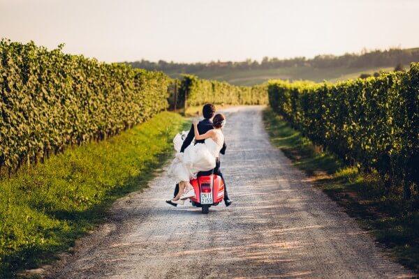 matrimonio in vespa langhe