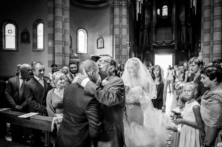 fotografo matrimonio bacio kiss