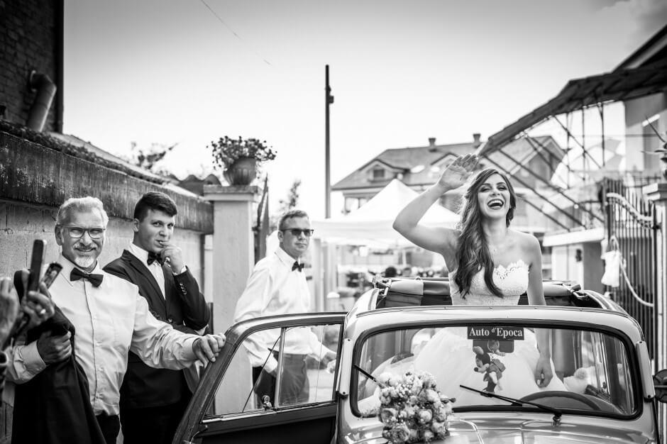 cerimonia matrimonio auto sposa