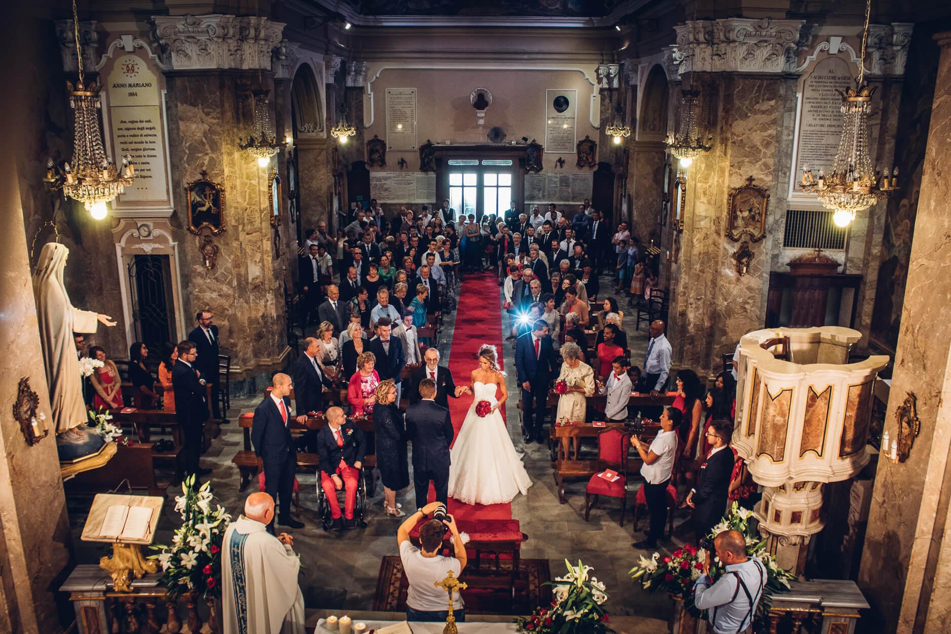 Chiesa di san giacomo apostolo la loggia joyphotographers for Carretta arredamenti torino
