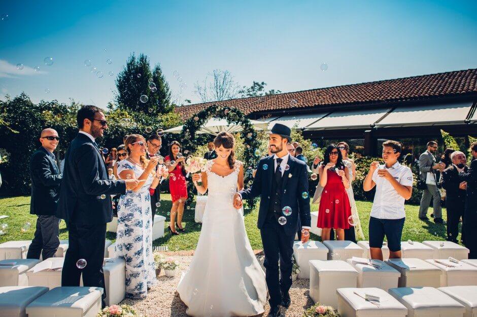 fotografo matrimonio in location bolle sapone